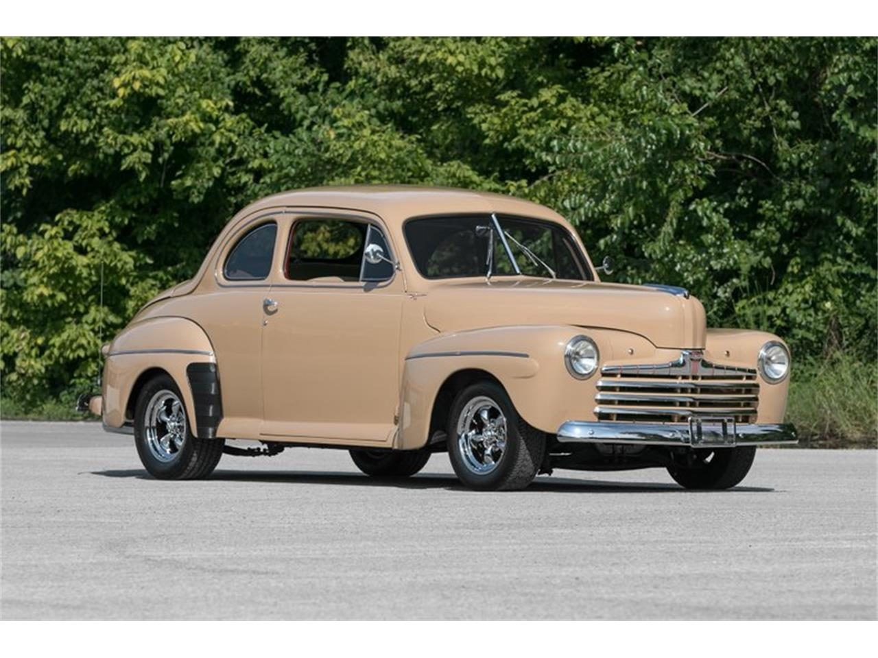 Large Picture of '46 2-Dr Coupe - Q0B9