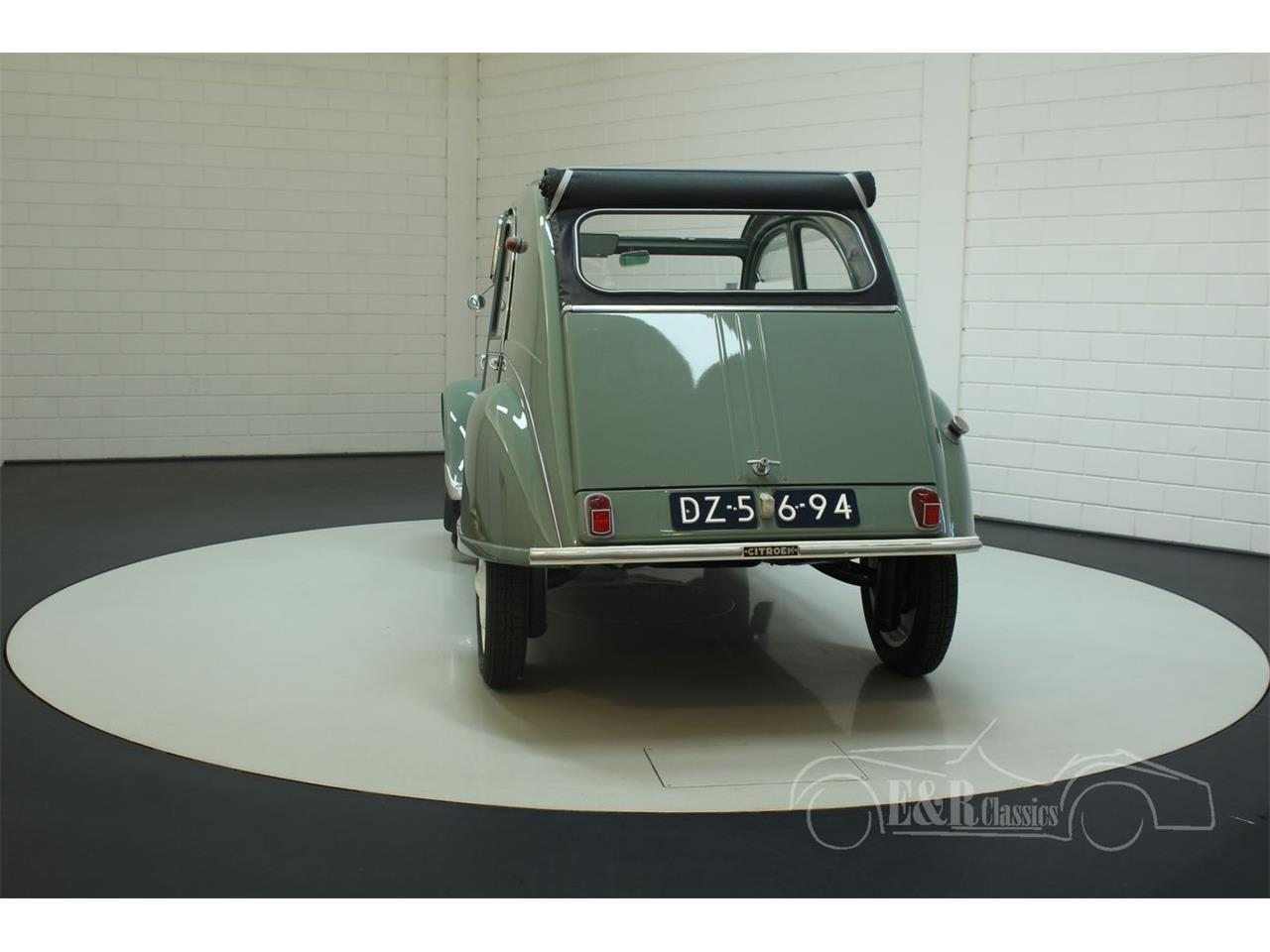 Large Picture of '57 2CV - PXX1