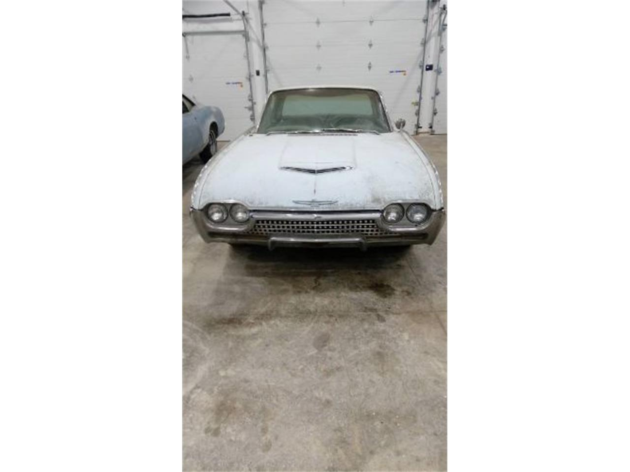 Large Picture of '62 Thunderbird - Q0FJ