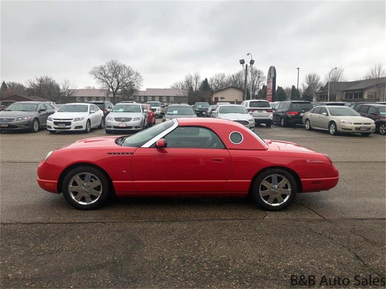 Large Picture of '02 Thunderbird - Q0G4