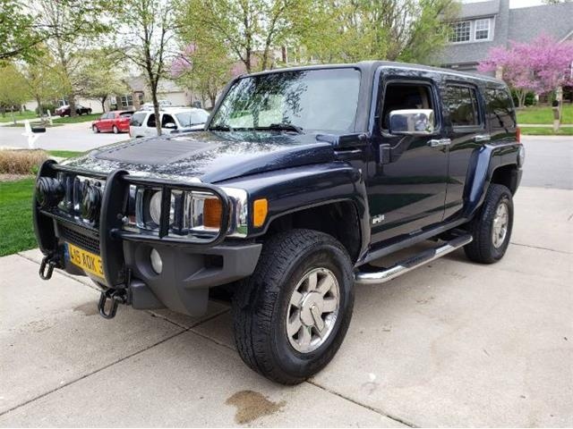 Picture of '07 Hummer H3 located in Cadillac Michigan Offered by  - Q0GB