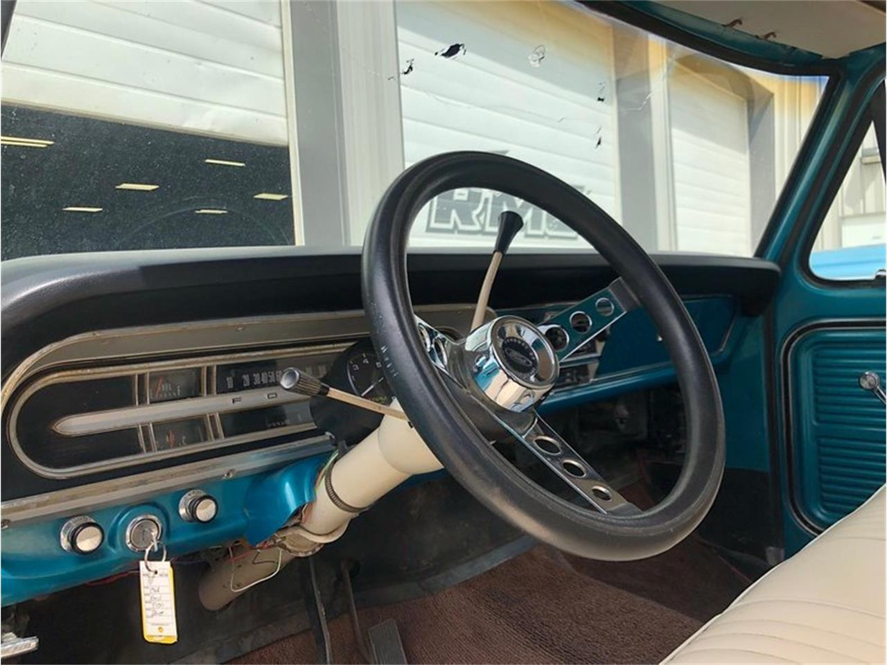 Large Picture of Classic '68 Ford F100 located in Lincoln Nebraska - Q0KT