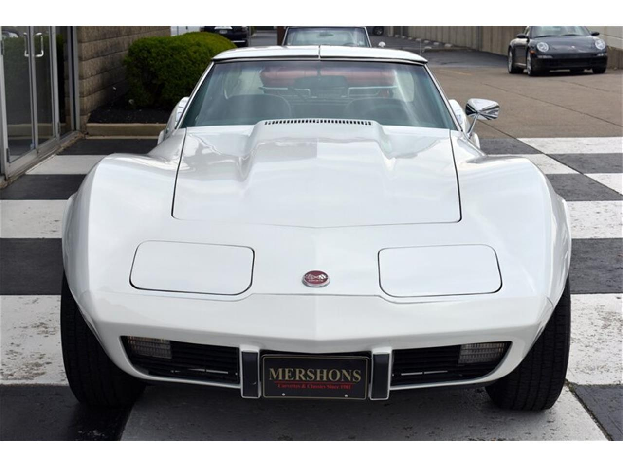 Large Picture of '76 Corvette - Q0L4