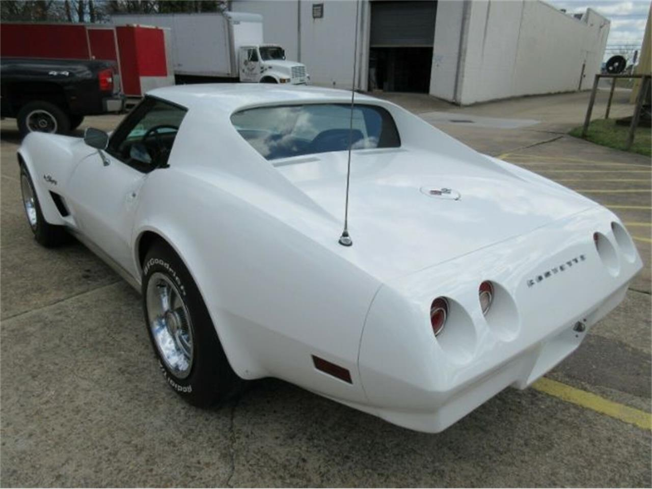 Large Picture of '74 Chevrolet Corvette located in Michigan - Q0MN