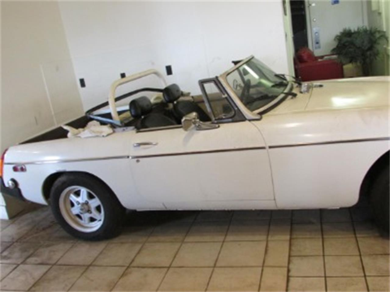 Large Picture of '79 MGB - Q0PK
