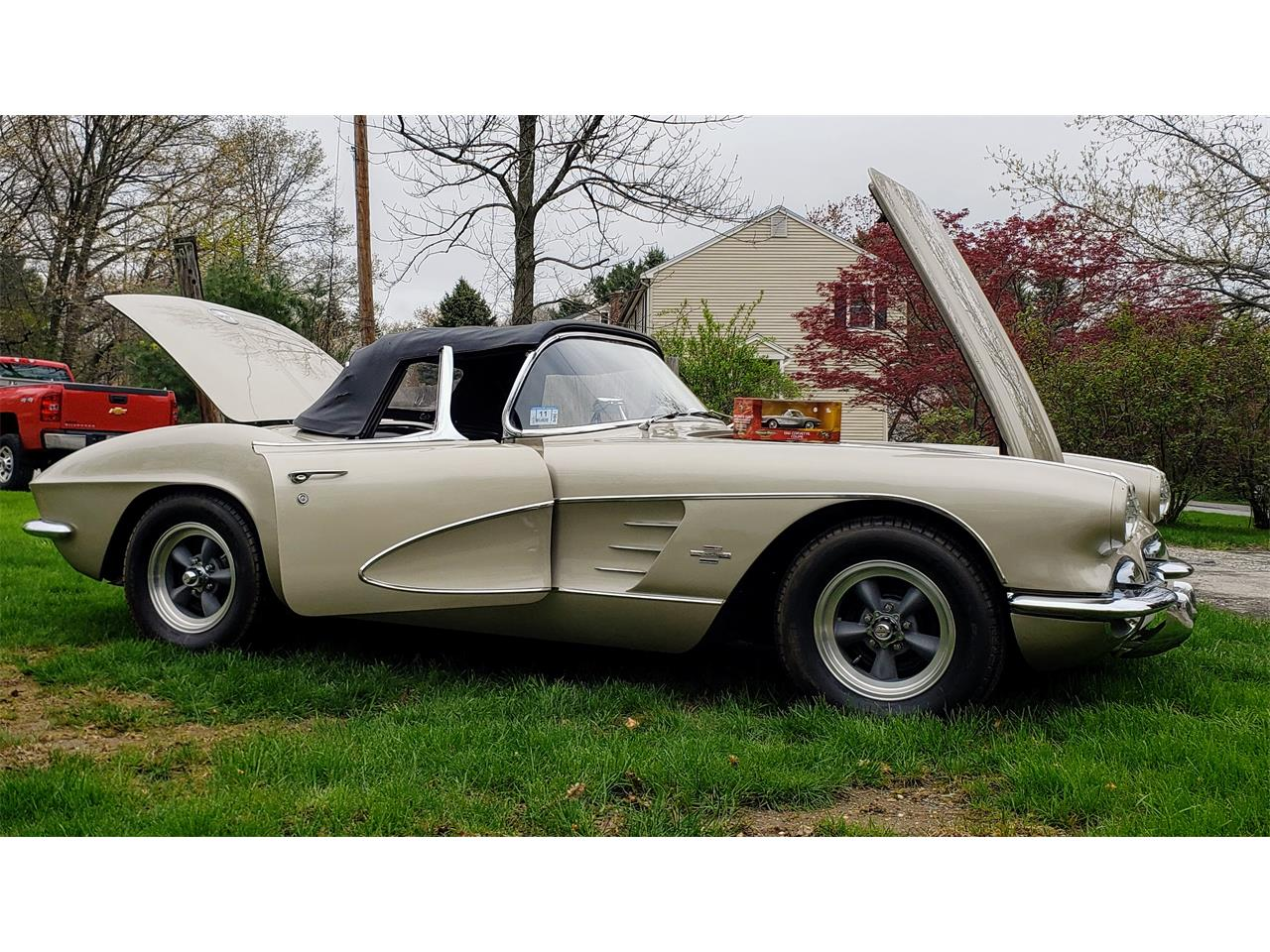 Large Picture of '61 Corvette - $58,000.00 - Q0QW