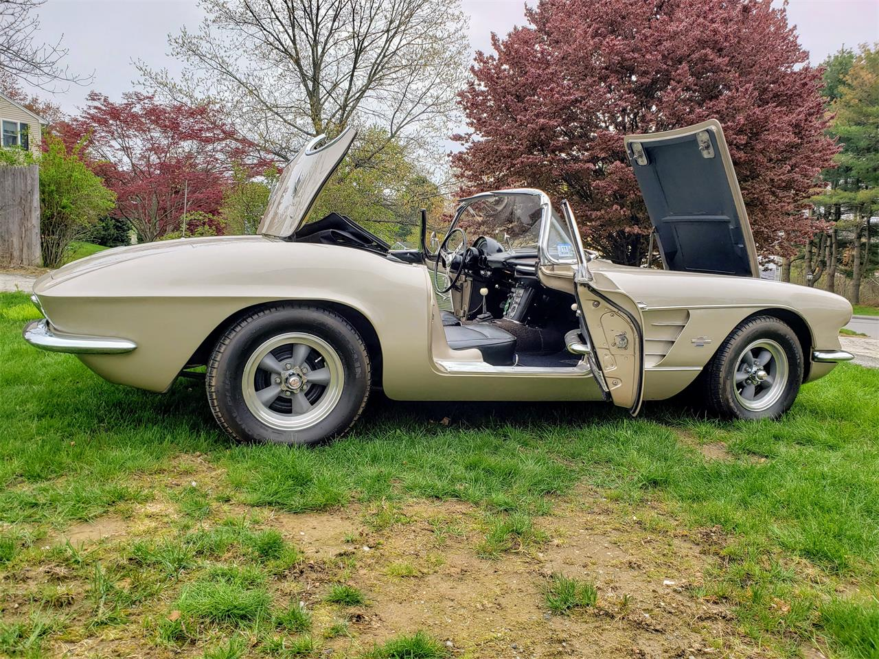 Large Picture of Classic '61 Chevrolet Corvette - $58,000.00 Offered by a Private Seller - Q0QW
