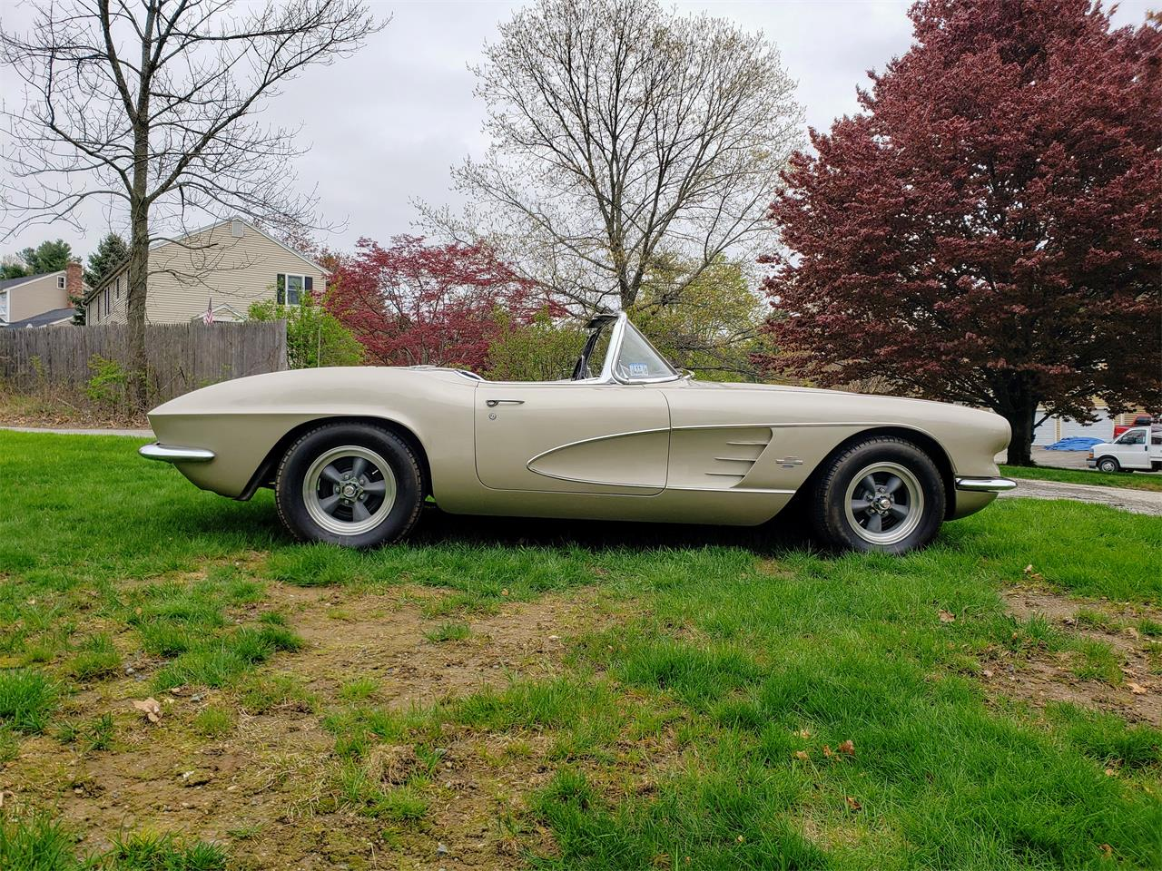 Large Picture of Classic 1961 Chevrolet Corvette located in Massachusetts - $58,000.00 Offered by a Private Seller - Q0QW