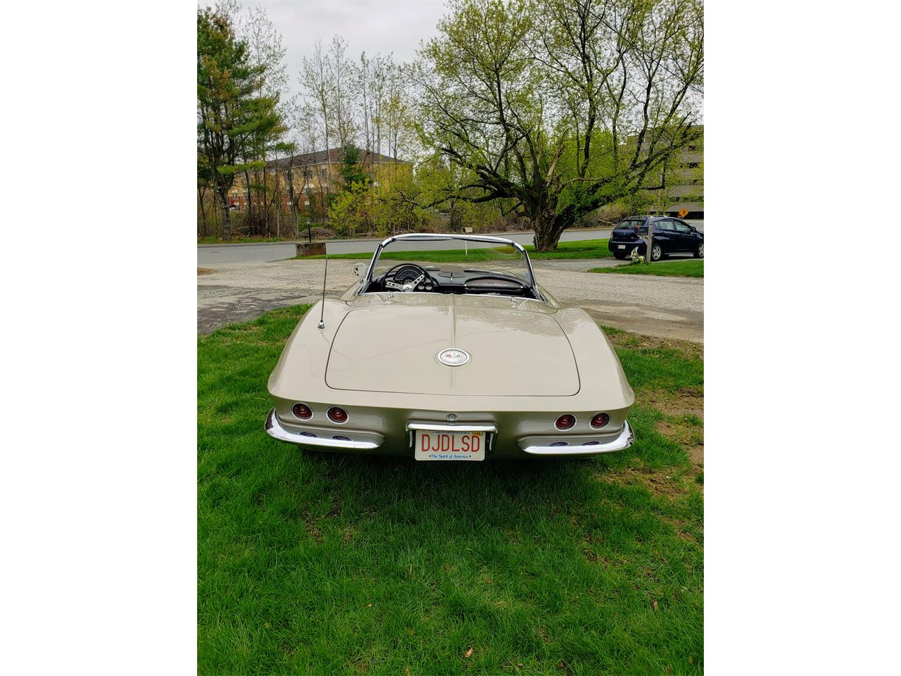 Large Picture of '61 Corvette Offered by a Private Seller - Q0QW