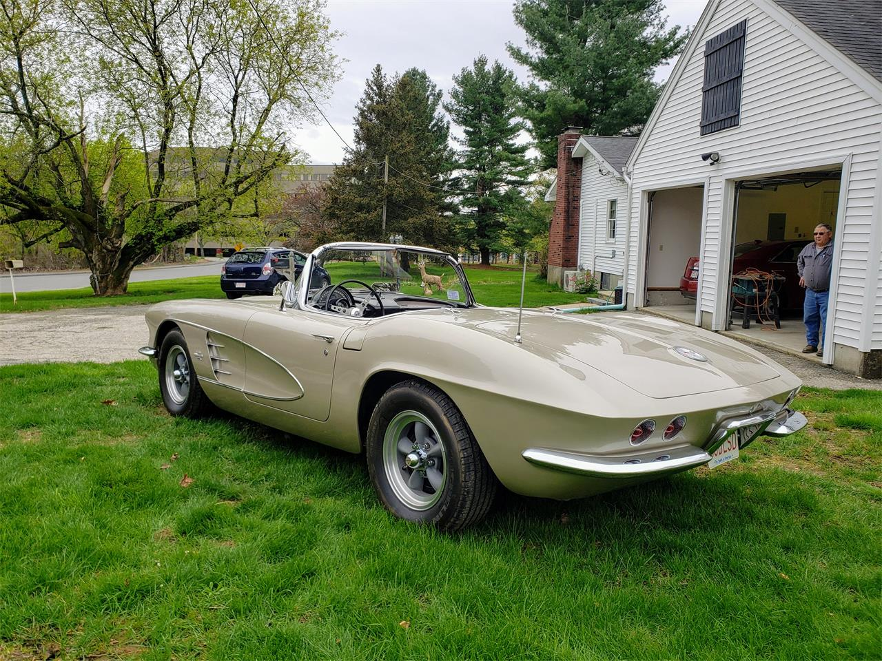 Large Picture of '61 Corvette located in Massachusetts - $58,000.00 Offered by a Private Seller - Q0QW