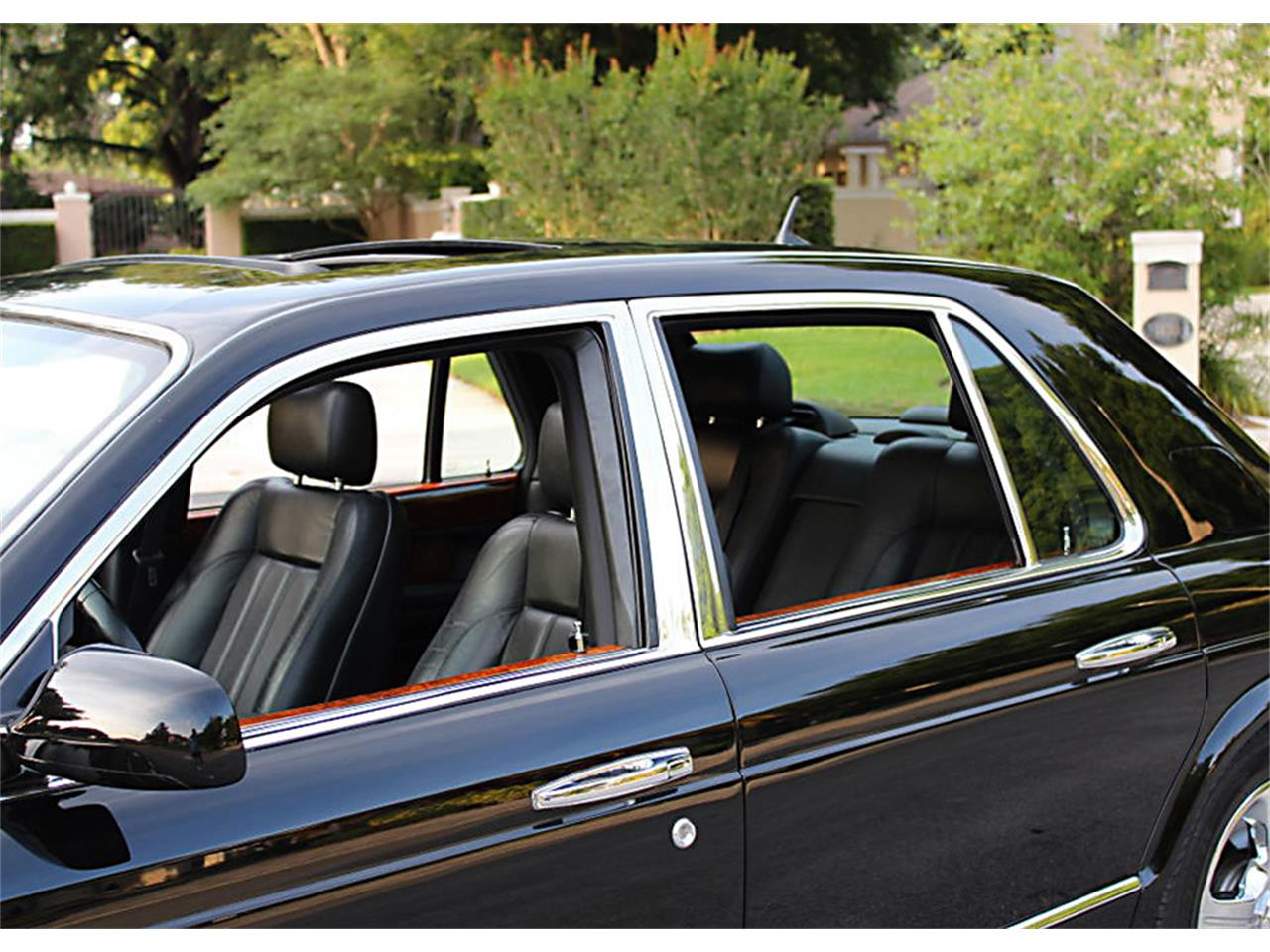 Large Picture of '03 Bentley Arnage - $42,500.00 - Q0RC
