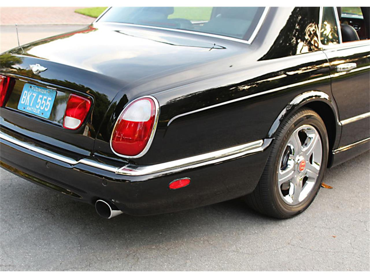 Large Picture of '03 Arnage - Q0RC