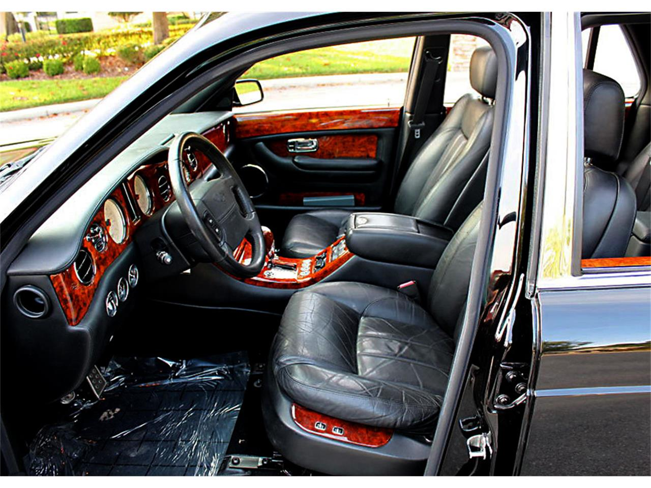 Large Picture of 2003 Bentley Arnage located in Florida - $42,500.00 - Q0RC