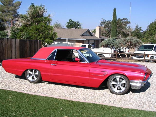 Picture of Classic '65 Ford Thunderbird located in Apple Valley California - $10,000.00 Offered by a Private Seller - Q0S3