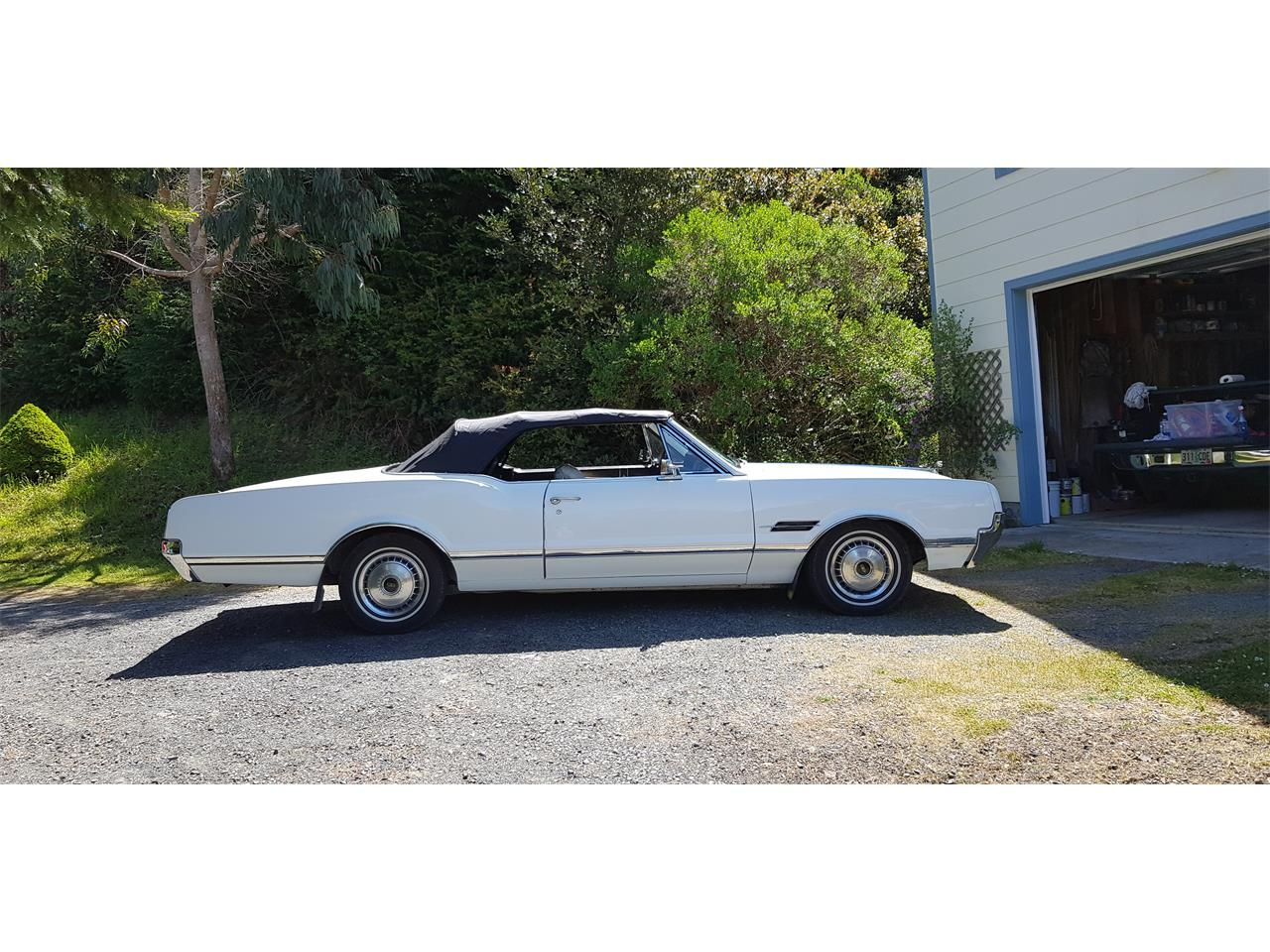 Large Picture of 1966 Oldsmobile Cutlass Supreme - $15,000.00 Offered by a Private Seller - Q0S8
