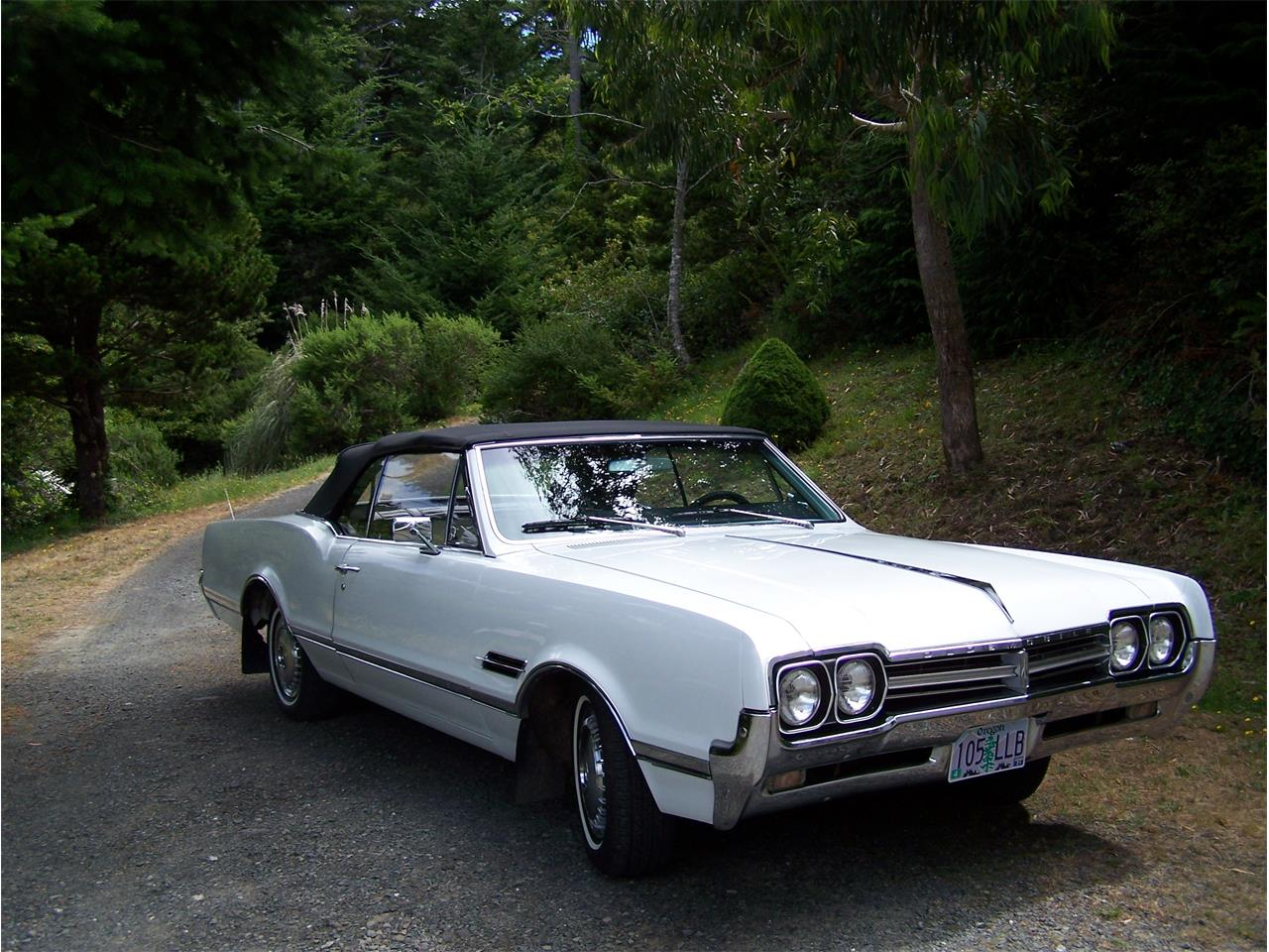 Large Picture of 1966 Cutlass Supreme - Q0S8