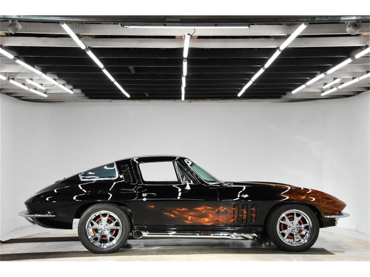 Large Picture of 1965 Corvette - $49,998.00 Offered by Volo Auto Museum - Q0U1