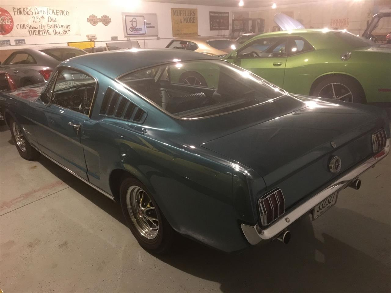 Large Picture of '65 Mustang - Q0UJ