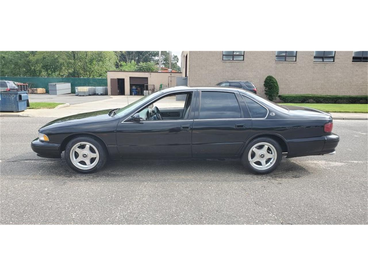 Large Picture of '96 Impala - Q0VB