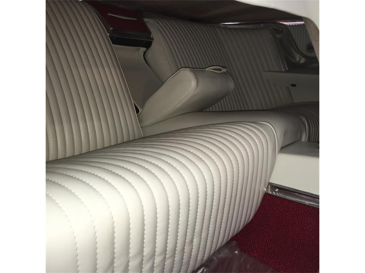 Large Picture of '64 Ford Thunderbird located in Tulsa Oklahoma Auction Vehicle Offered by Leake Auction Company - Q0VV