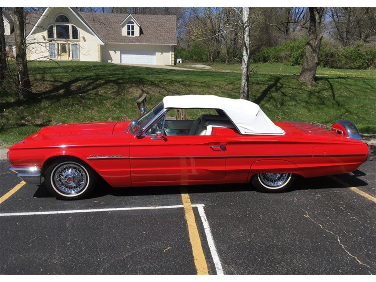 Large Picture of 1964 Ford Thunderbird Auction Vehicle Offered by Leake Auction Company - Q0VV