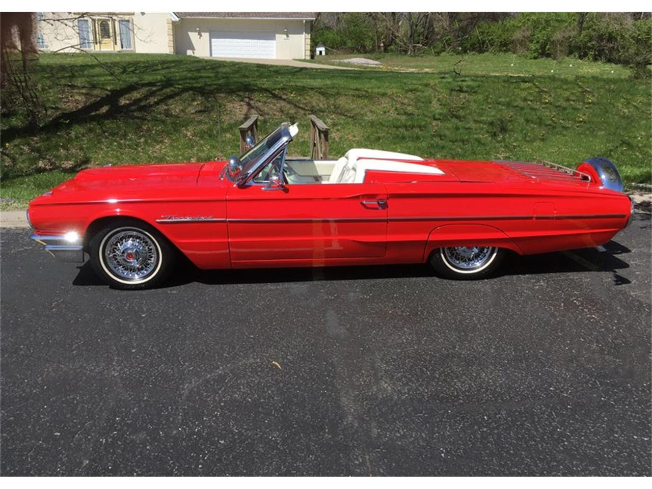 Large Picture of Classic 1964 Thunderbird located in Tulsa Oklahoma - Q0VV