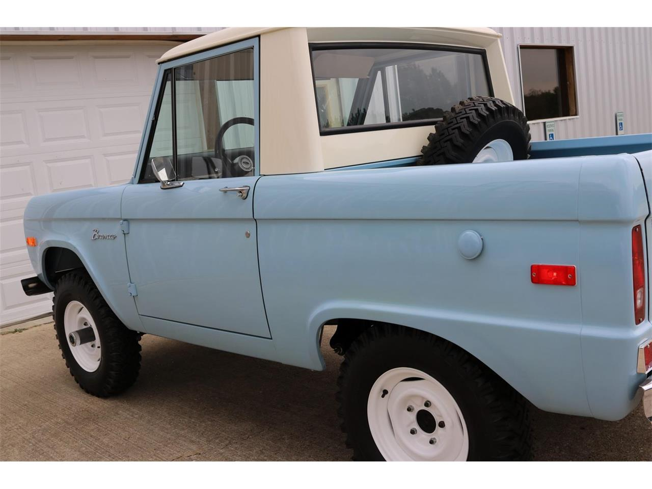 Large Picture of Classic 1970 Ford Bronco - PXZ2