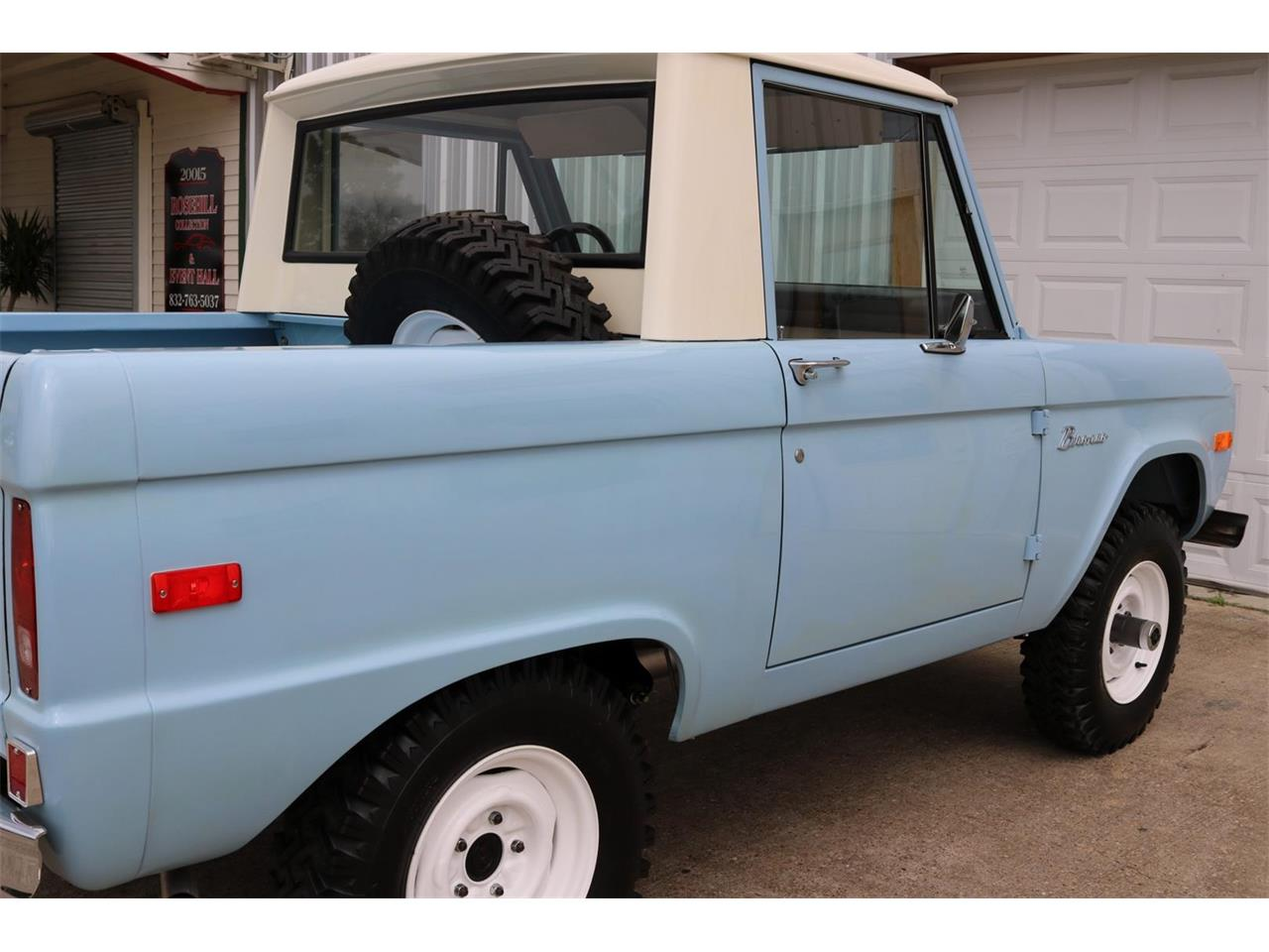 Large Picture of '70 Ford Bronco - $59,900.00 Offered by Texas Trucks and Classics - PXZ2