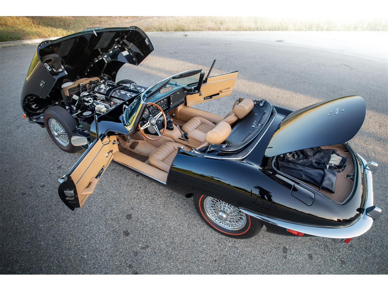 Large Picture of 1971 Jaguar XKE Series II located in Irvine California - $129,900.00 Offered by Radwan Classic Cars - Q0ZL