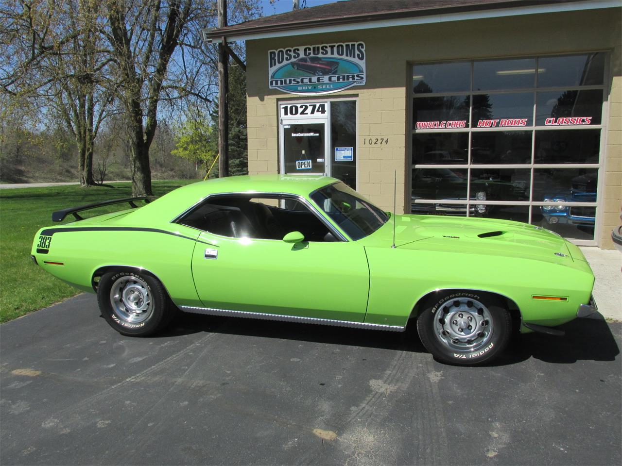 Large Picture of Classic '70 Plymouth Cuda - Q105