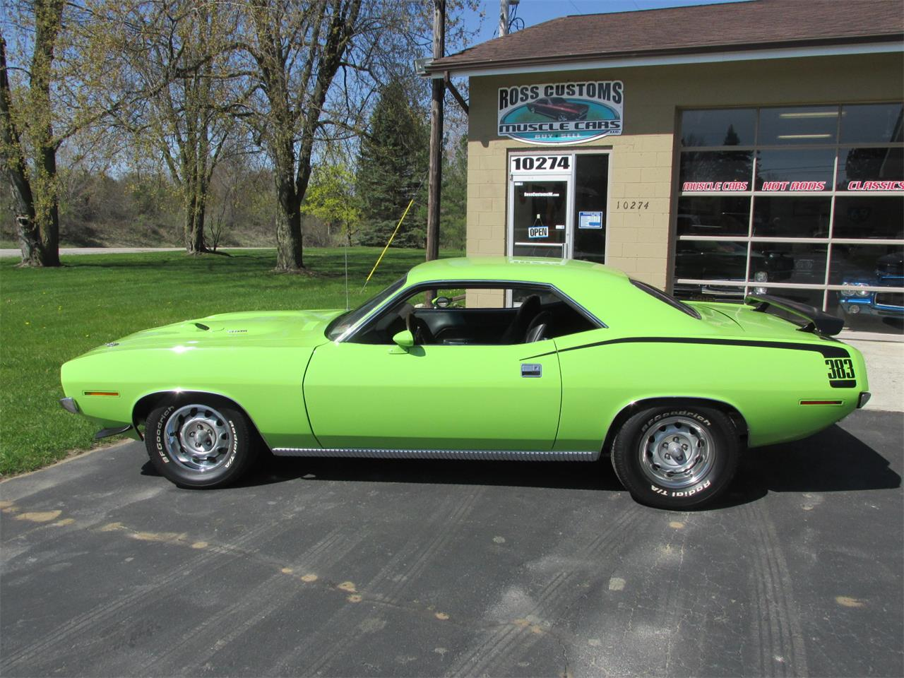 Large Picture of Classic '70 Plymouth Cuda located in Michigan Offered by Ross Custom Muscle Cars LLC - Q105