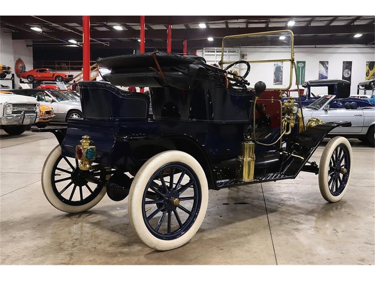 Large Picture of '11 Model T - $44,900.00 - Q10J
