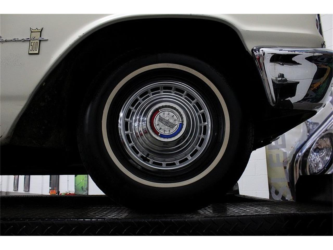 Large Picture of Classic '63 Ford Galaxie - Q10M