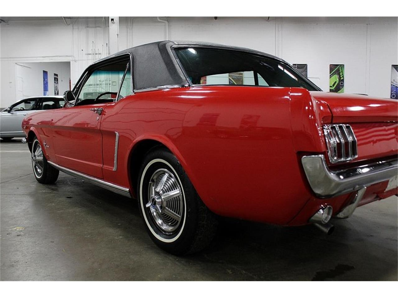 Large Picture of '65 Mustang - Q10W