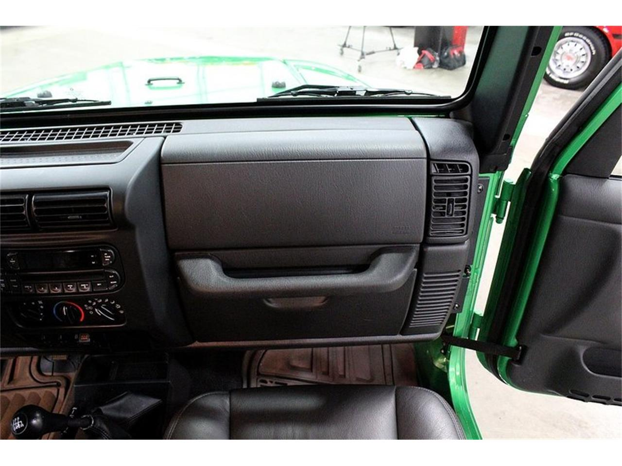 Large Picture of 2005 Jeep Wrangler located in Kentwood Michigan Offered by GR Auto Gallery - Q10Z