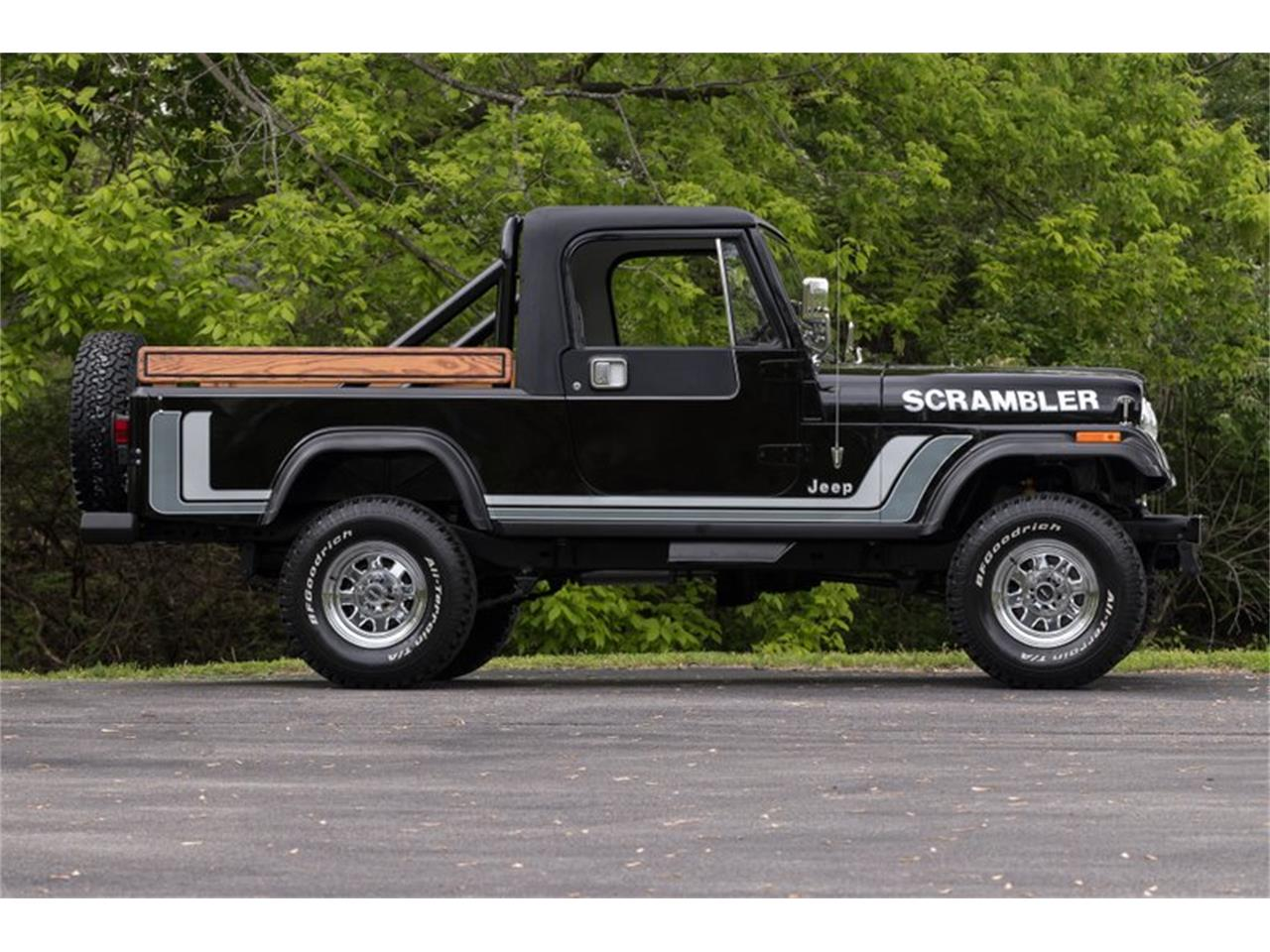 Large Picture of '82 Jeep CJ8 Scrambler Offered by Fast Lane Classic Cars Inc. - Q11Z