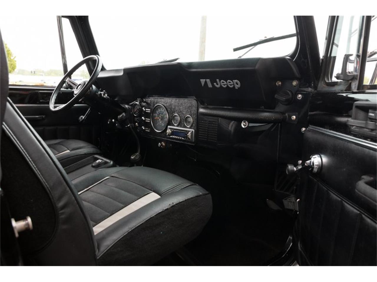Large Picture of '82 Jeep CJ8 Scrambler located in St. Charles Missouri Offered by Fast Lane Classic Cars Inc. - Q11Z