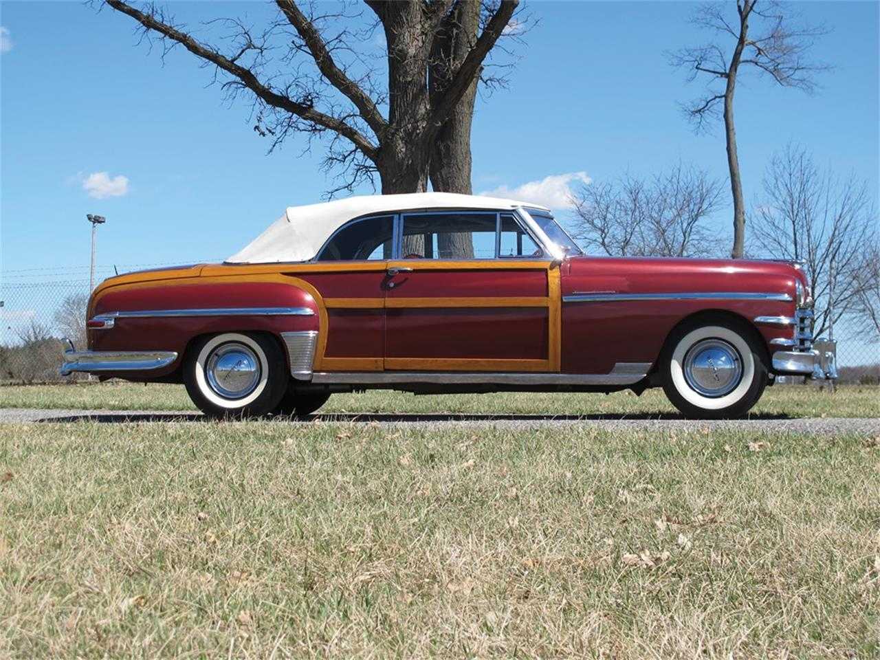 Large Picture of Classic 1949 Chrysler Town & Country Auction Vehicle - Q133