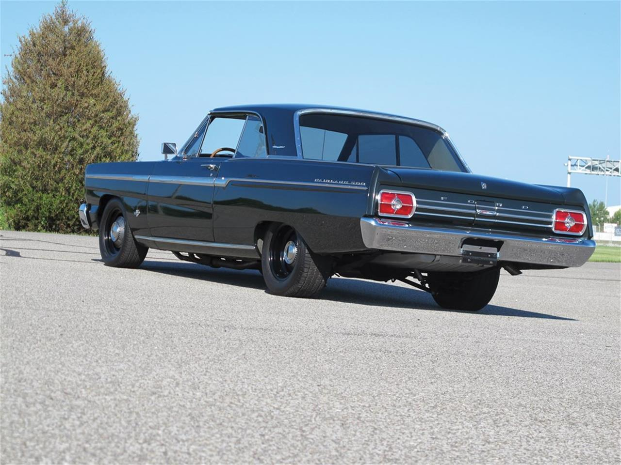 Large Picture of '65 Fairlane - Q13B