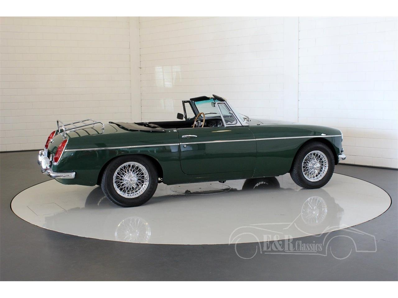 Large Picture of Classic 1964 MGB located in noord brabant Offered by E & R Classics - Q178