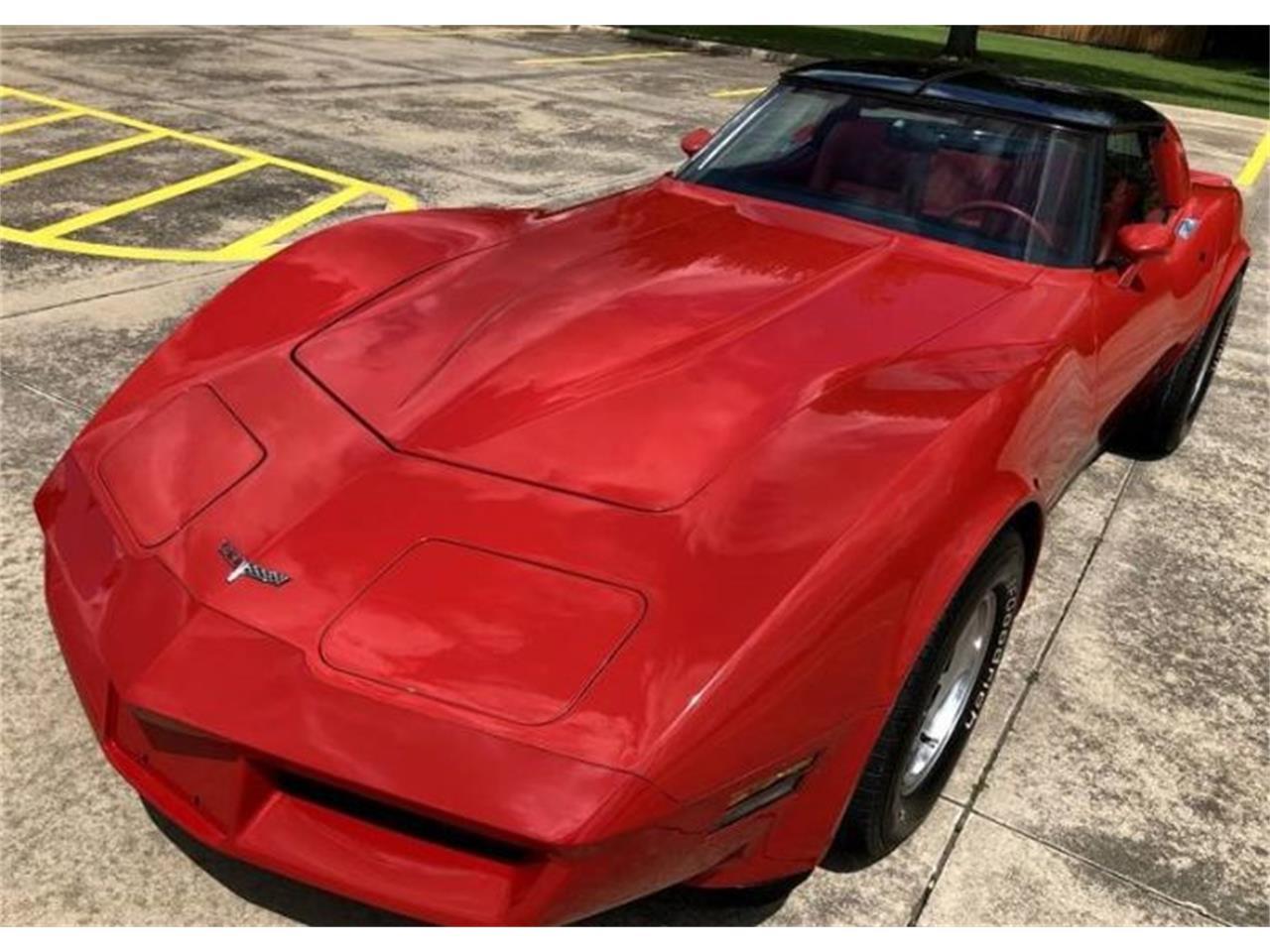Large Picture of '80 Corvette - Q195