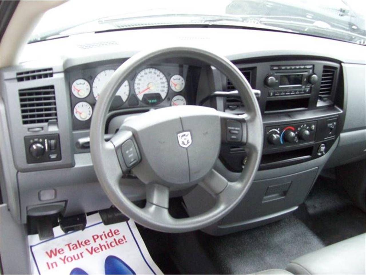 Large Picture of 2007 Dodge Ram 2500 located in Michigan - $10,495.00 Offered by Verhage Mitsubishi - Q19T