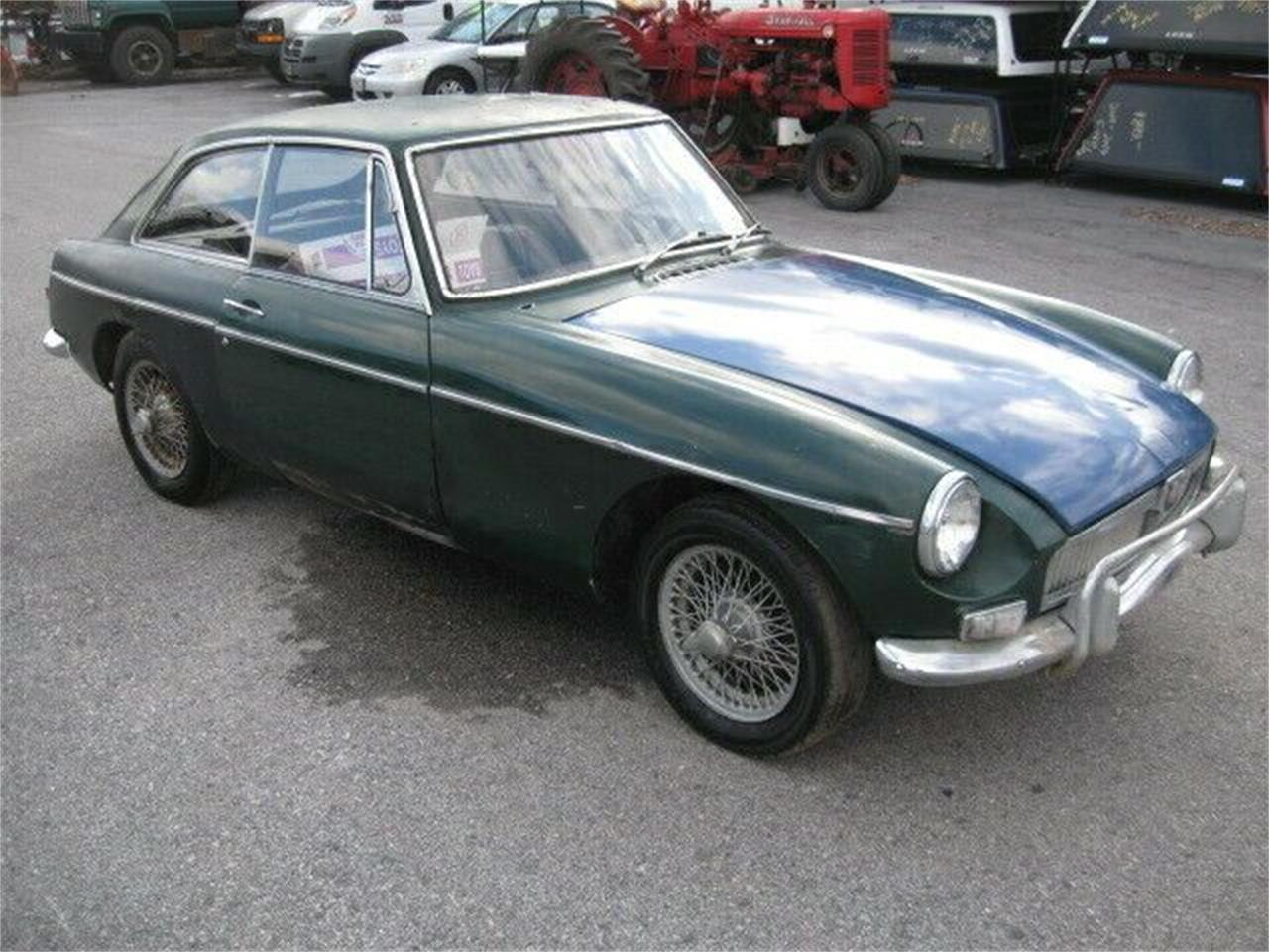 Large Picture of '67 MG MGB located in Cadillac Michigan Offered by Classic Car Deals - Q1AX