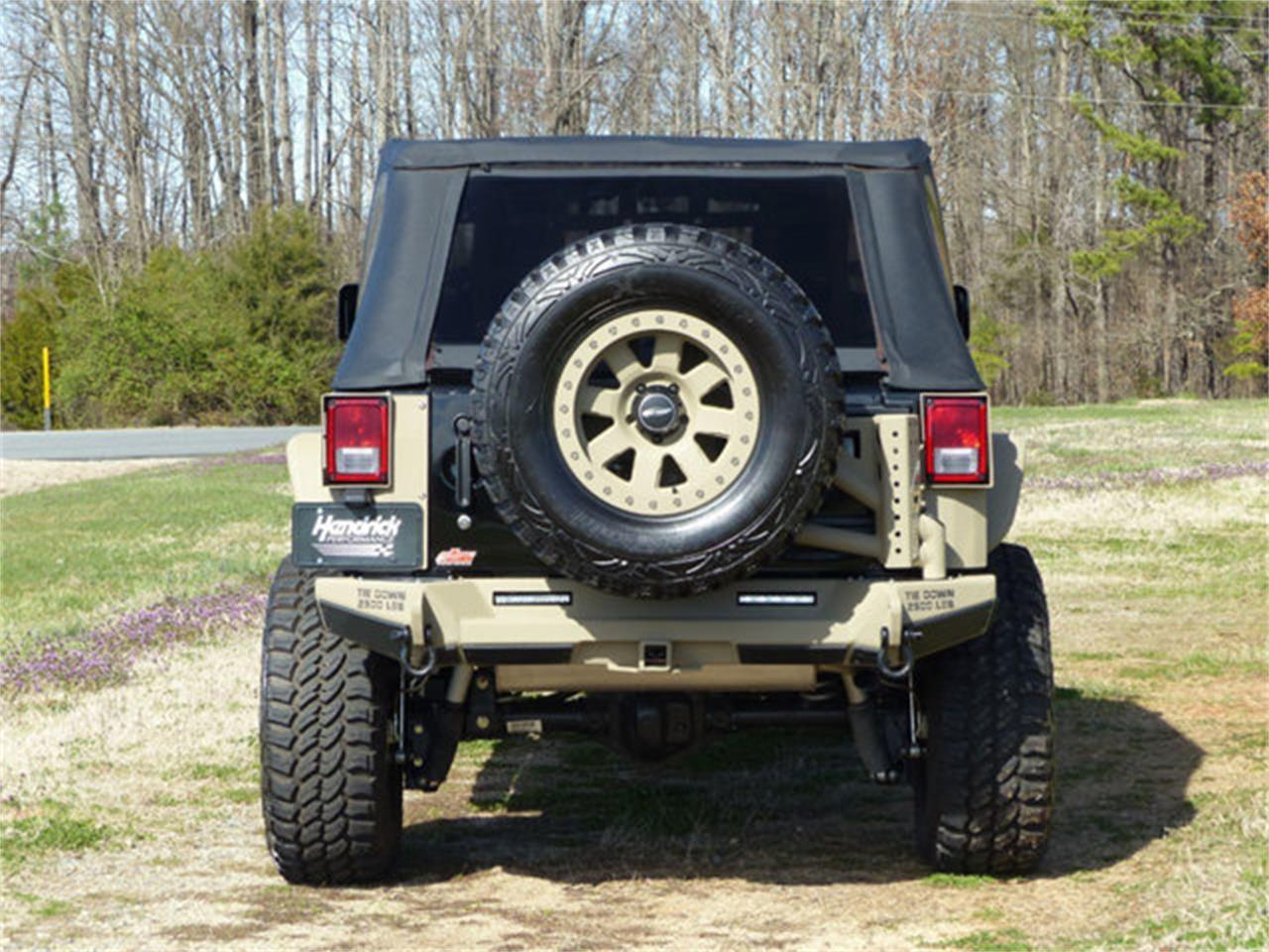Large Picture of 2015 Jeep Wrangler - Q1C3