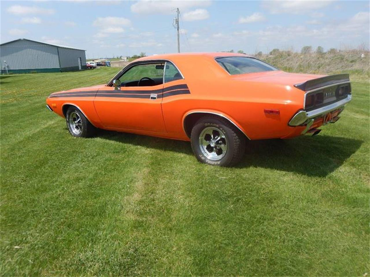 Large Picture of '73 Challenger - Q1CS