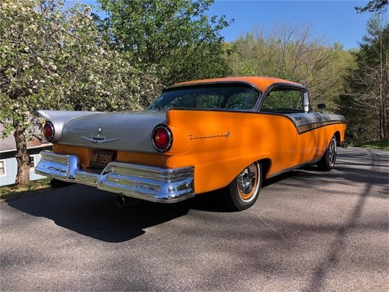 Large Picture of '57 Ford Fairlane located in Fletcher North Carolina Offered by Tom Mack Auctions - Q1ET