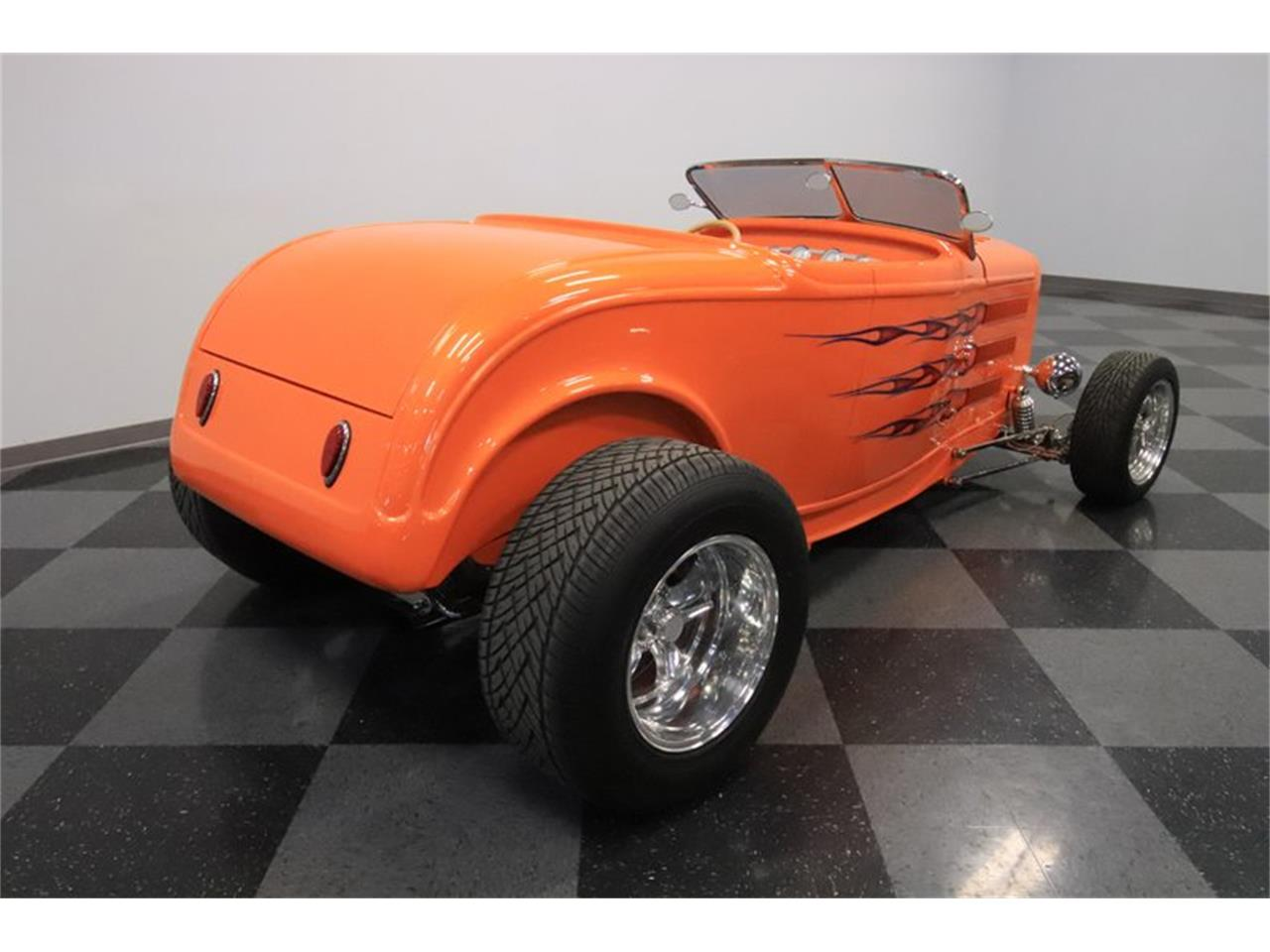 Large Picture of 1932 Ford Roadster - $72,995.00 Offered by Streetside Classics - Phoenix - Q1HE