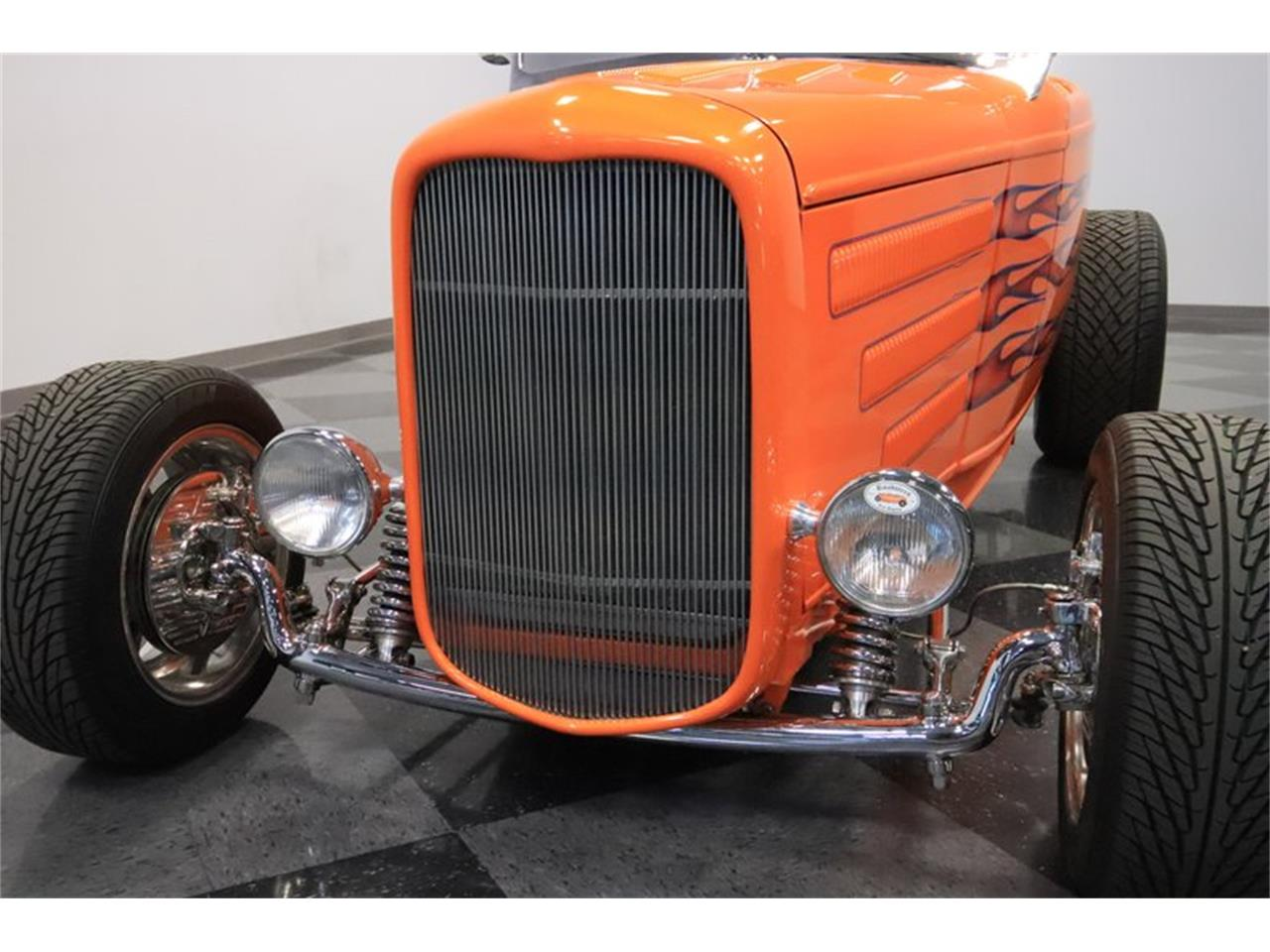 Large Picture of Classic 1932 Ford Roadster - $72,995.00 Offered by Streetside Classics - Phoenix - Q1HE