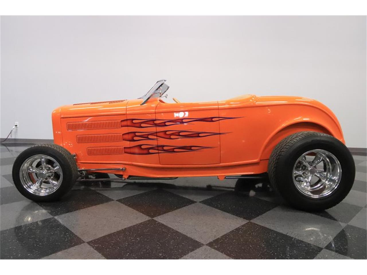 Large Picture of Classic 1932 Ford Roadster located in Arizona - $72,995.00 Offered by Streetside Classics - Phoenix - Q1HE