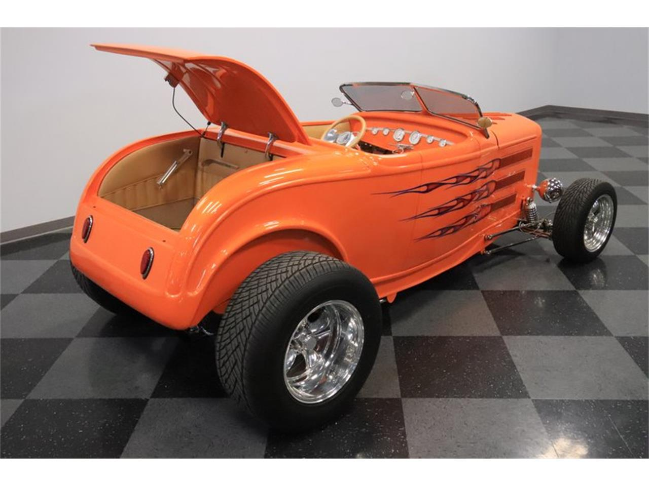 Large Picture of 1932 Ford Roadster located in Arizona - $72,995.00 - Q1HE